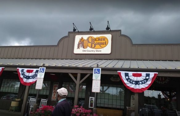 """Cracker Barrell in Downingtown fails inspection, """"Ice buckets; stagnant water laying inside"""" 5 violations"""