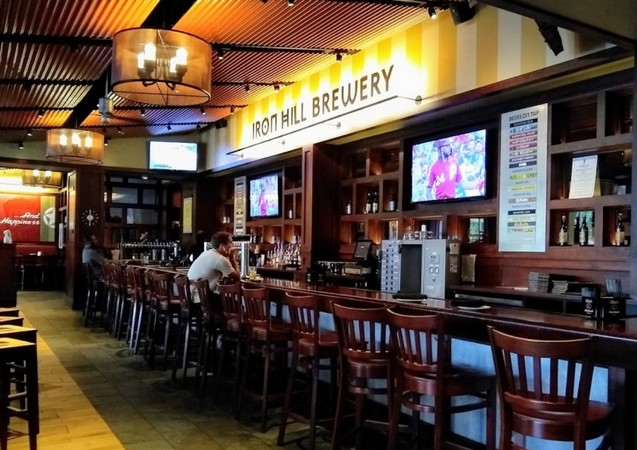 """Ardmore's Iron Hill Brewery and Restaurant blows inspection, """"several fly like insects observed by bar area"""" passes only one inspection since November 2016"""