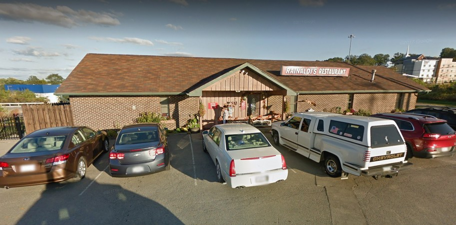 "13 violations at Rainaldi's Restaurant in Monaca fouls inspection, ""accumulation of dirt, grease and food residue throughout the kitchen and inside refrigerators"""