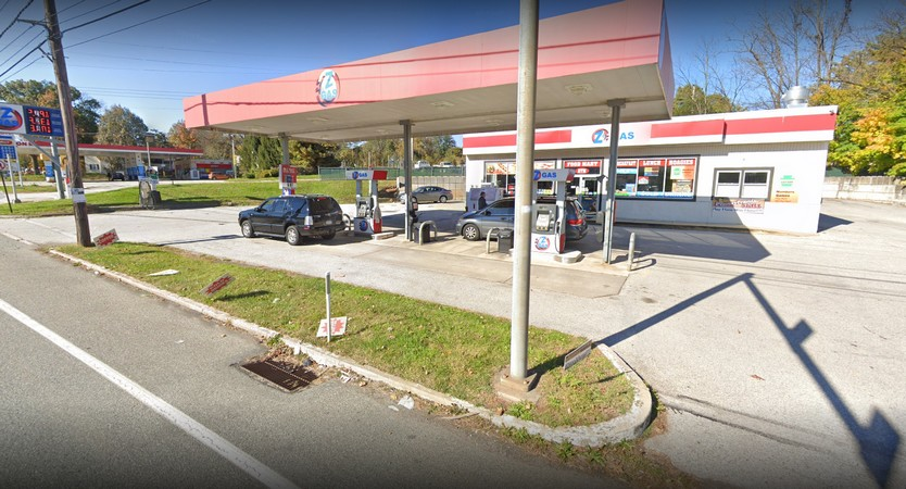 Phoenixville's US gas fails inspection; inspection indicates evidence of roach activity in the kitchen