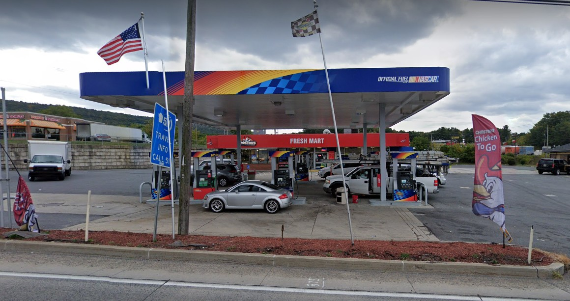 Breezewood Sunoco slapped with 13 violations during inspection;  Employee observed eating in the food prep area, Kitchen floor and food storage area is extremely dirty