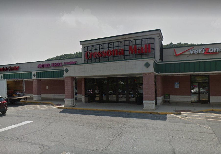 "Inspection CLOSES King Chinese in Pottsville at Cressona Mall; no hot water, roach-like insect activity; ""presence of multiple deceased insects not contained within pest control devices"""