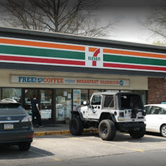 Langhorne 7-Eleven fouls inspection; pizza slicer is being thrown into the hand sink between use; must clean and sanitize before use