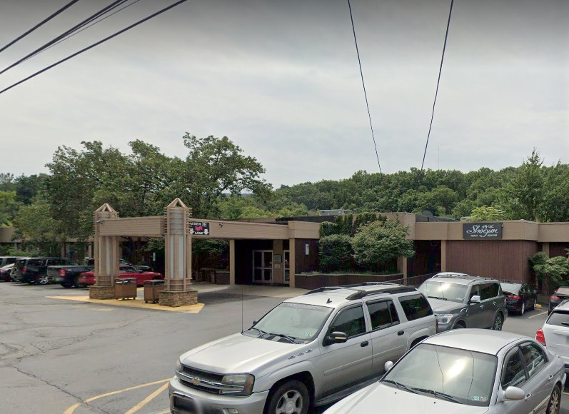 "Inspection at Bensalem's Shogun Japanese Seafood Steakhouse; 7 violations, "" Employees must thoroughly wash hands with soap and dry with paper towels between tasks and before putting on gloves"""