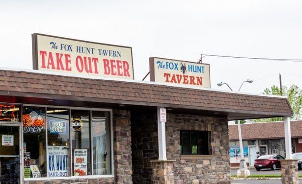 Fox Hunt Tavern in Bensalem fumbles inspection; black mold-like substance in ice machine- food contact surface