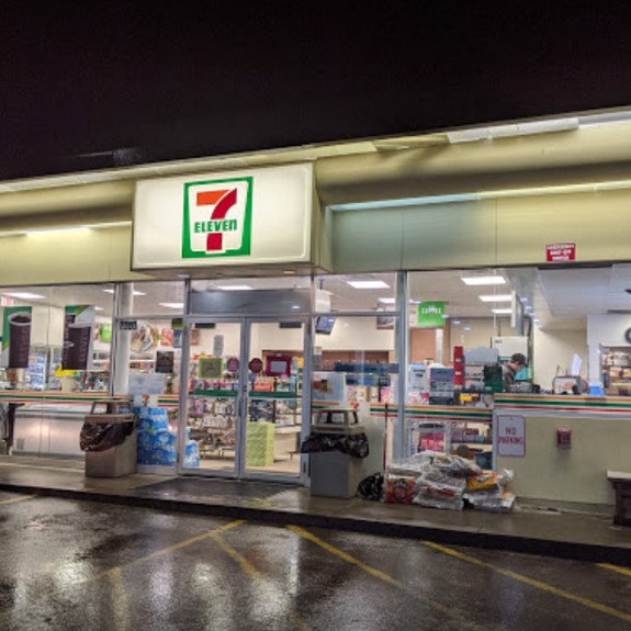 Inspection 7-Eleven Washington, PA- Drop shoot of ice machine, a food contact surface, was observed to have black residue, stop using until cleaned