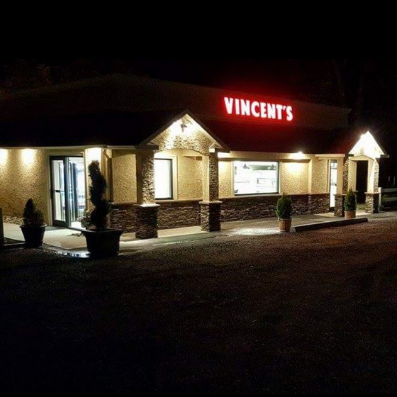 Inspection; Vincent's Pizzeria and Grill in Collegeville; Hand sink water turned off at bottom valve, several employees wearing face masks not covering nose