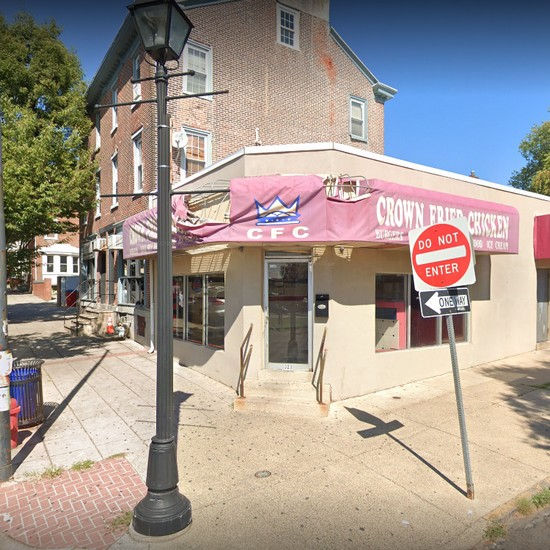 Inspection: Crown Fried Chicken slapped with 26 Health Department violations in Norristown; Ice cream scoop stored in stagnant container, hand sink blocked, no soap