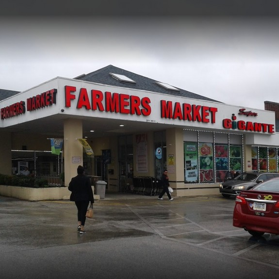 16 violations at West Norriton Farmers Market; Interior ice machine unclean, Fly like insects observed in meat ware wash room and bakery prep room