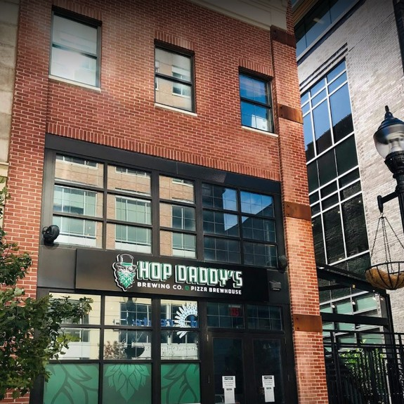 Allentown's Hop Daddy's Brewing fouls inspection; 10 violations, employee puts on gloves-doesn't wash hands, no soap at hand sink in pizza prep area