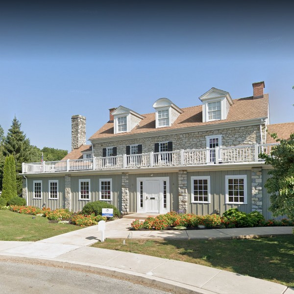 10 violations Downingtown Country Club; 2 dead roaches in 3 compartment sink, hazardous food items with no date marking