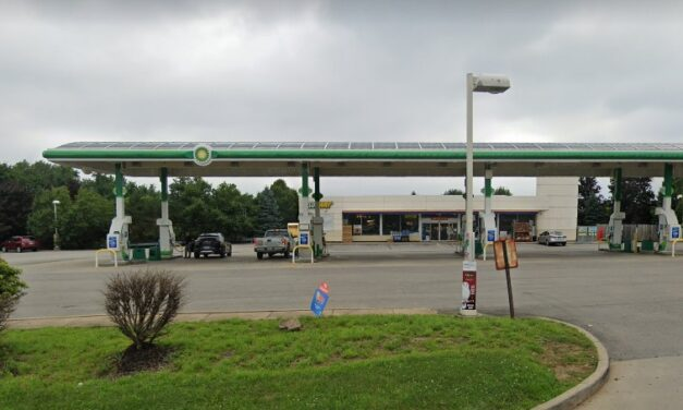 BP/Subway in McKees Rocks fouls inspection; sandwich prep cooler is not holding products at safe temperature