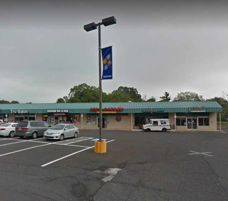 26 violations at Jade Garden in Dresher; Hand sink knobs with excessive residue build-up, retail food items in non-food grade storage containers – grocery bags