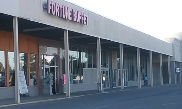 Fortune Buffet in Sayre hit with 11 violations; Cutting boards are in poor condition possible hazard of plastic pieces ending up in food
