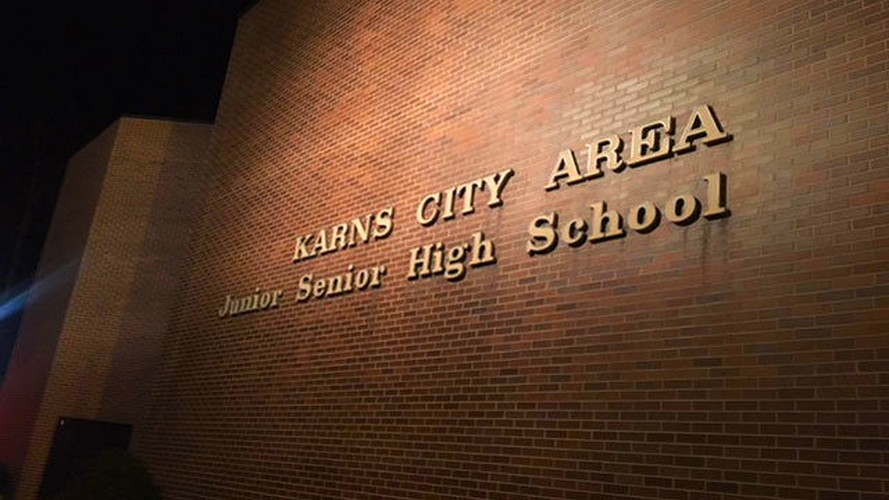 "Karns City Junior Senior High School ""not complying with ""Boil Water"" advisory issued by the DEP"" according to state inspector"