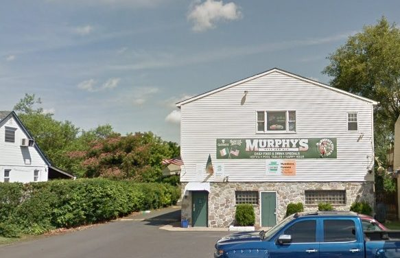 "Murphy's Beef and Ale fails inspection, last passed an inspection in December 2015; ""Debris in soda guns at the bar. Debris on splash guard inside ice machine"""