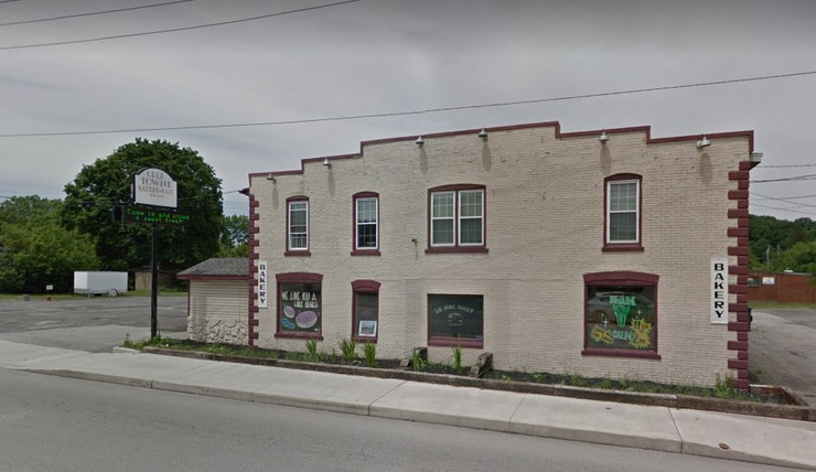 Dead rat, gnawed food; Olde Towne Bakery & Cafe in Somerset fouls state inspection with 5 violations