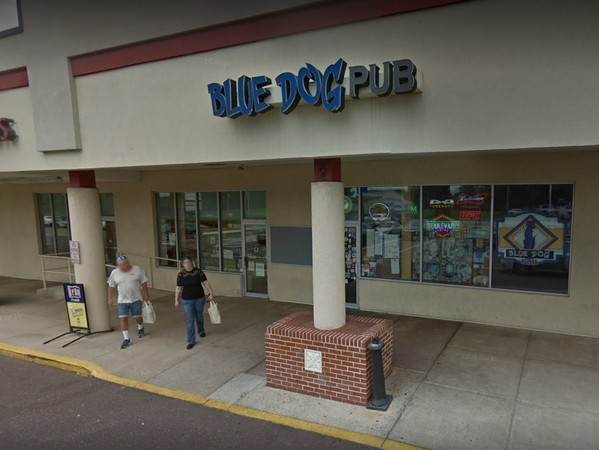 """""""Employee eating in kitchen area on food prep surfaces;"""" Lansdale's Blue Dog Pub slapped with 9 violations by Health Department"""