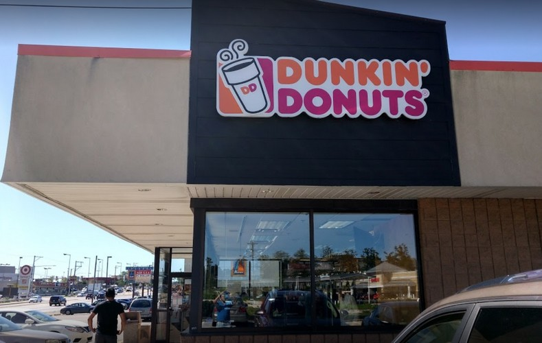 Wyncote Dunkin Donuts bumbles inspection; Interior of ice machine with pink and black mold-like growth, 5 violations