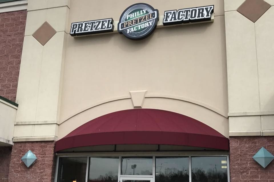 """Phoenixville's Philly Pretzel Factory blows inspection, """"Soap and paper towels lacking at hand sinks throughout"""" 10 violations"""