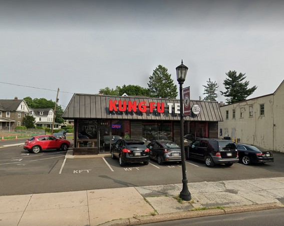 Kung Fu Tea in Abington fails inspection with 22 violations; Soap and paper towels lacking at rear hand sink, crepe utensil stored in standing water