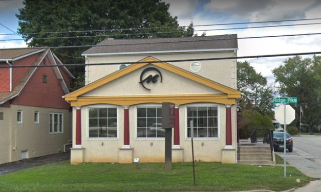 Conshohocken's Marias Pizza & Pasta fumbles inspection with 18 violations; Mouse like droppings observed on floor behind large floor mixer