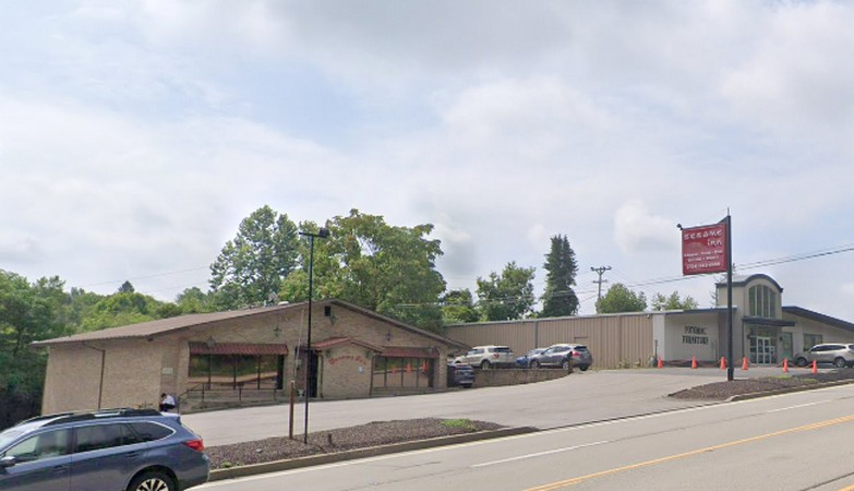 McMurray's Sesame Inn slapped with 17 violations; Garbage cans, and garbage bags being used throughout the facility to store raw and dry food products