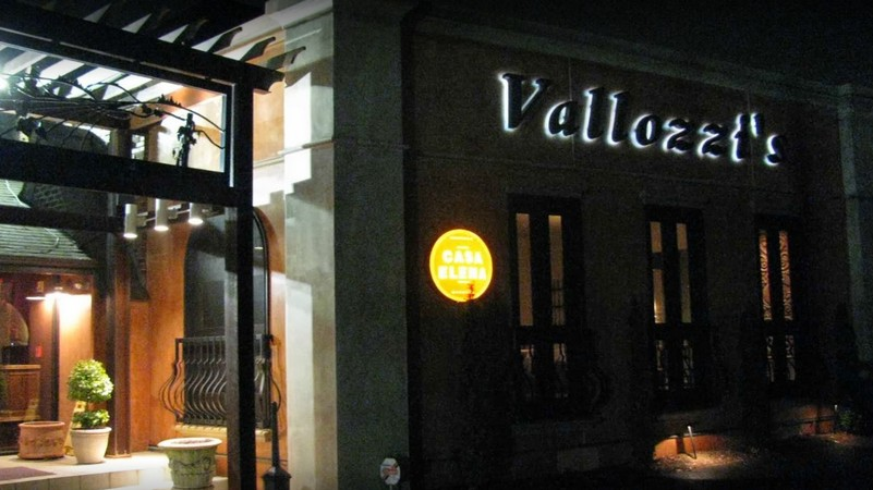 Vallozzi's Restaurant in Greensburg bumbles inspection; Black filth observed on the interior of the ice machine bin underneath at discharge chute, ordered use bagged ice, 9 violations