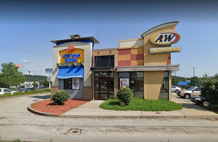 """Belle Vernon Long John Silvers bumbles inspection; """"Drains for both fountain machines have slimy build up. 2ND REPEAT VIOLATION"""""""