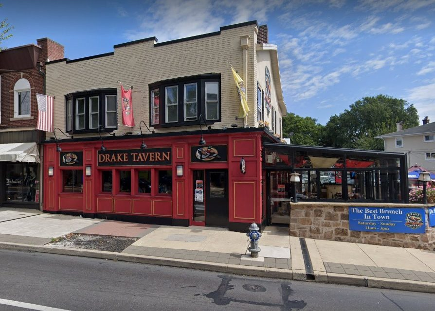 35 Health Dept violations at Drake Tavern in Jenkintown; Dead rodent-like animal, Rodent-like droppings, Dead cockroach-like insects