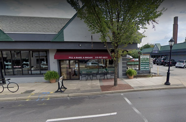 """Health Dept: Jenkintown's Fill a Bagel has rodent infestation, """"interior of ice machine observed with pink mold-like growth on ice guard,"""" 15 violations"""