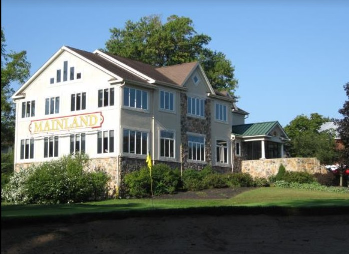 Mainland Golf in Harleysville bumbles inspection; 15 violations, observed fly like insect at bar area, Interior of ice machine in downstairs kitchen area unclean with debris