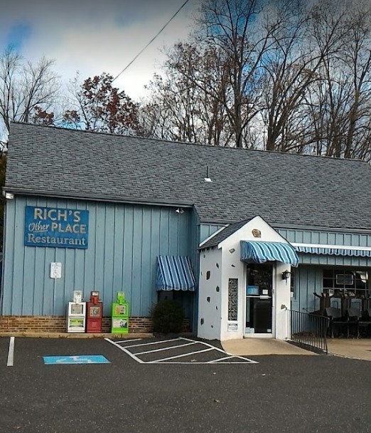 Health Dept: 10 violations at Rich's Other Place Restaurant in Spring House; Fumbles 10th straight inspection since August 2016- All Out of Compliance