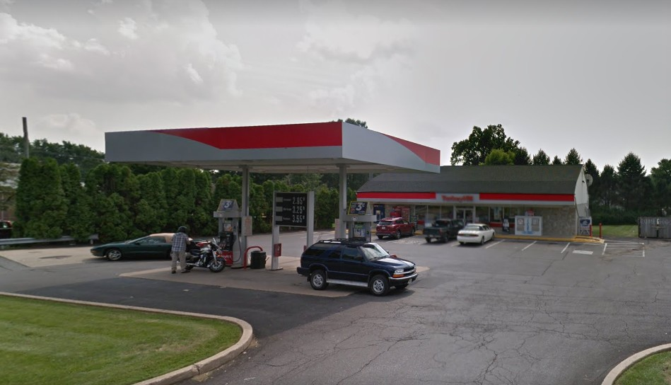 """7 inspection violations for Brownstown Turkey Hill; """"Selling gels and other food items containing CBD oil,"""" Facility is using a cleaner to wash coffee pot"""