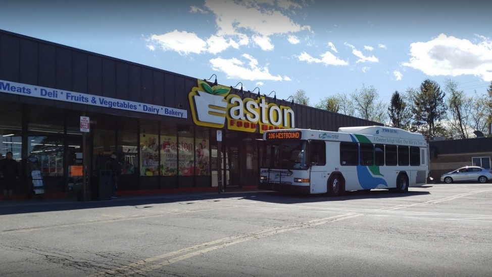 "Easton Food Market fumbles 3rd straight annual inspection; ""Mice droppings were observed in the receiving area"""