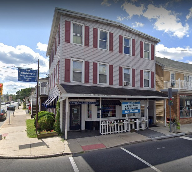 Sunday's Deli & Restaurant fumbles 4th straight inspection in Quakertown; Food worker observed using bare hands for preparing ready to eat food