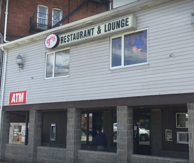 T's Restaurant & Lounge in Swissvale fumbles inspection; Live spiders in the basement, urinal does not flush, 12 violations