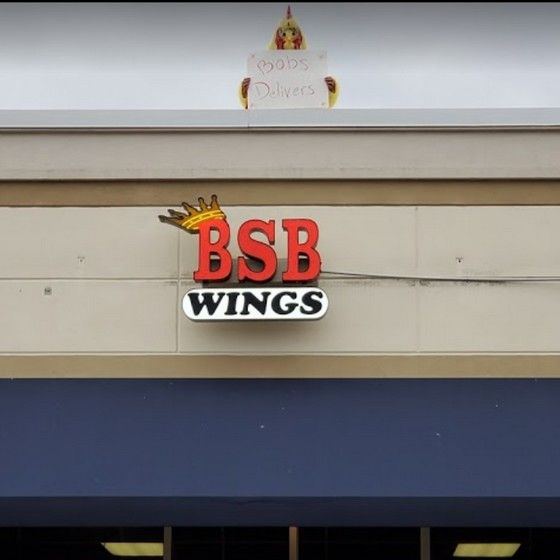 BSB Wings in Uniontown fouls inspection; 16 violations, Flies in food prep & storage areas, employee touching bread for hoagie bare hands