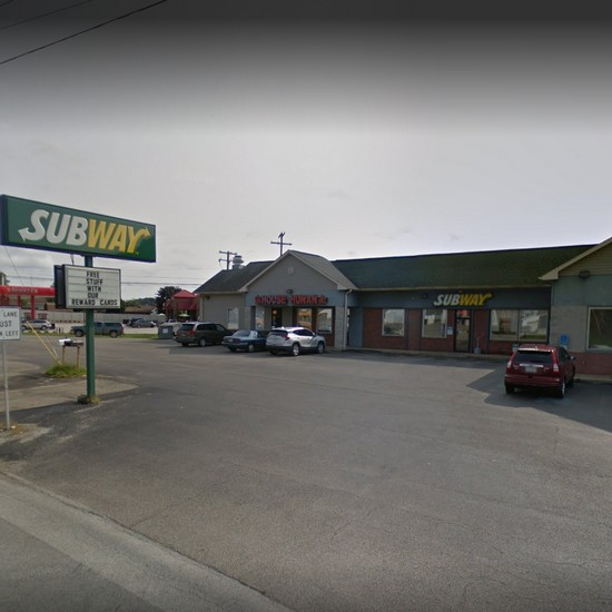 Ford City Subway fouls inspection; accumulation of black filth and pink slime in ice machine, a food contact surface