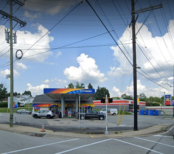 Inspection A-Plus Sunoco in Jeannette; Black filth and pink slime on ice machine food contact surfaces, roller hot dogs not hot enough