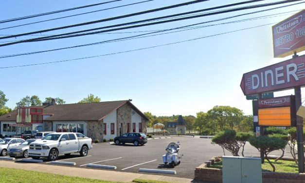 Pottstown Metro 100 Diner fouls 3rd straight inspection; Food with mold like growth observed in walk-in cooler, slicer unclean