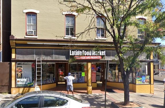 24 violations at Latino Food Market Norristown; Kitten and kitty litter being kept in facility, Rodent-like droppings observed in retail area, Roach-like insect observed on hand sink, Fly-like insects observed throughout facility