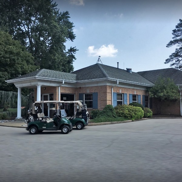 Spring Mill Country Club in Ivyand inspection finds chicken was sitting in stagnant water, Clam shells were empty and being saved in the walk in cooler