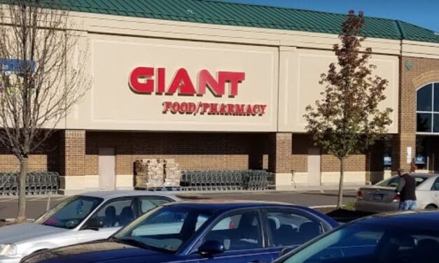 The Giant in Royersford hit with 5 violations;  employees putting on gloves without first washing hands, Grooves/discoloration on cutting boards